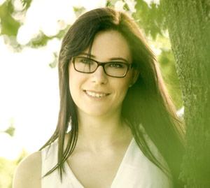 Laura Lang. Techn. Mitarbeiterin  Hochschule Hof